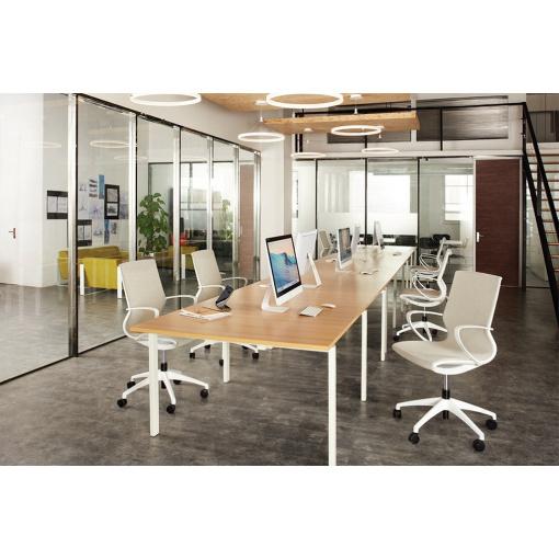 Kancelářská síťovaná židle VISION v interiéru