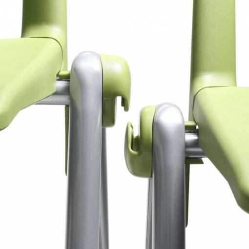 Konferenční plastová židle 2200 RAVE - patentovaný systém spojování do řad