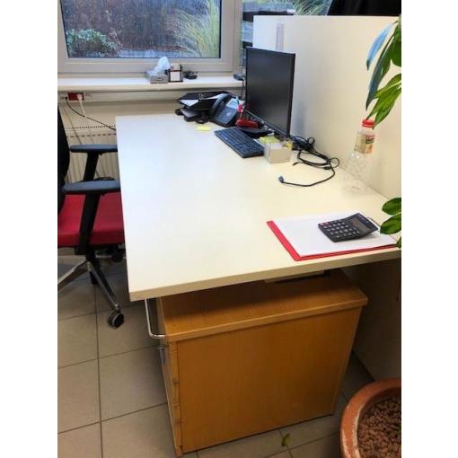 kanc. stůl